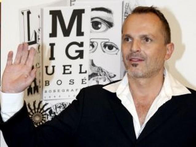 Miguel Bosé dará el paso a la literatura el año que viene