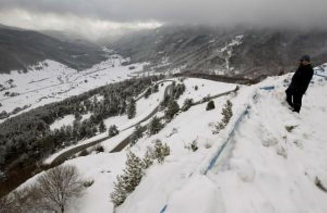 Remite el temporal de nieve en Navarra pero continuará el frío y la lluvia