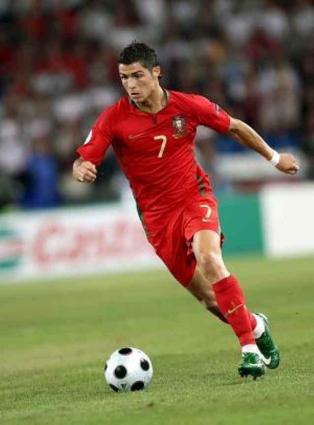 """Cristiano """"oro"""" Ronaldo"""