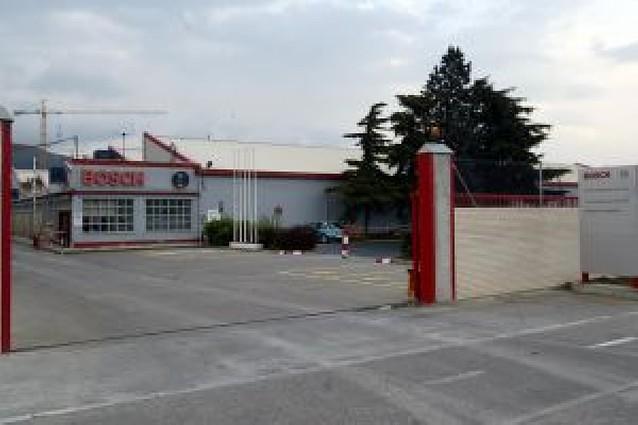Bosch plantea el cierre de su fábrica de Pamplona para final de 2009