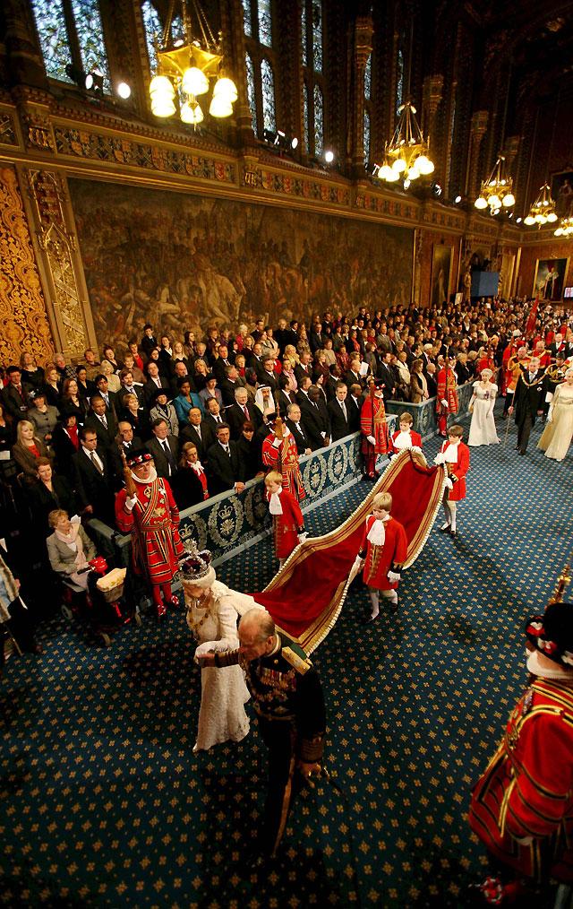 """El Gobierno británico sitúa la estabilidad económica como """"prioridad primordial"""" para 2009"""