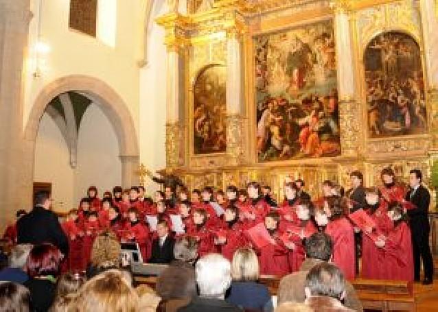 El coro del instituto de Tafalla Sancho III el Mayor edita un CD de villancicos