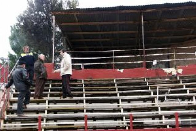 Queman el palco de presidencia de la plaza de toros de Cascante