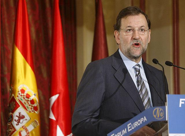 """Rajoy dice que la Y Vasca es un """"símbolo de libertad"""" tras el asesinato de Uría"""