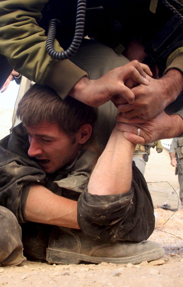 Concluye la evacuación de colonos judíos de una casa en Hebrón