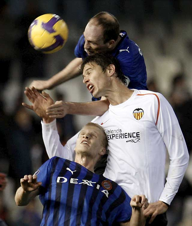 El Valencia cumple el trámite y está en dieciseisavos (1-1)