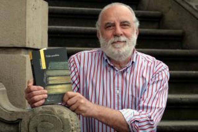 José Javier Mina gana el Premio a la Creación Literaria de ensayo