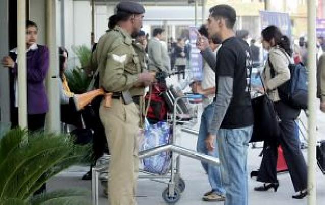 Alertas en los aeropuertos de la India por amenaza de atentados