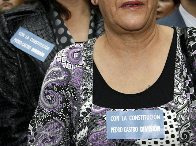 """El PP estrecha el cerco sobre Castro mientras el alcalde de Getafe implora """"grandeza"""""""