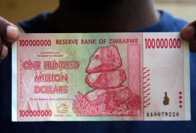 Zimbabue tiene ya billetes con nueve dígitos