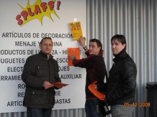 Protestas por la apertura de un bazar en Viana en domingo