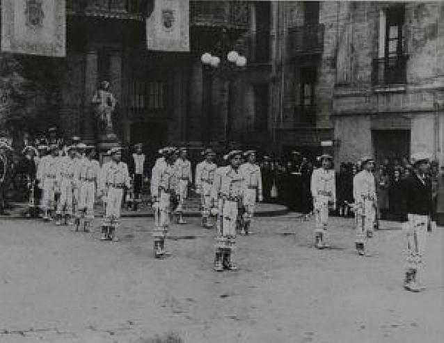 60 años de dantzaris en Pamplona