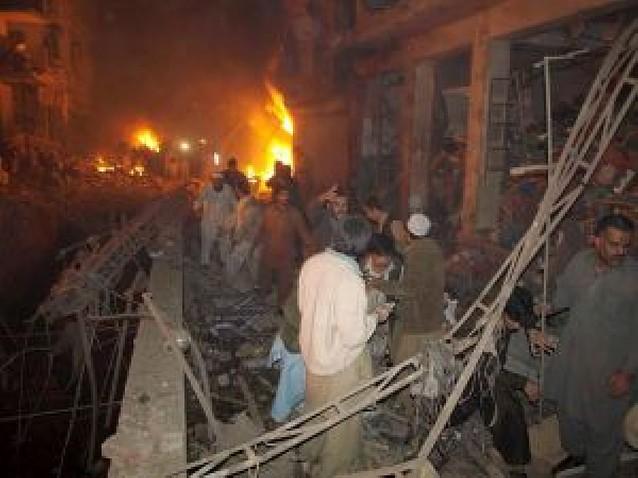Al menos 20 muertos en Pakistán tras la masacre de Bombay