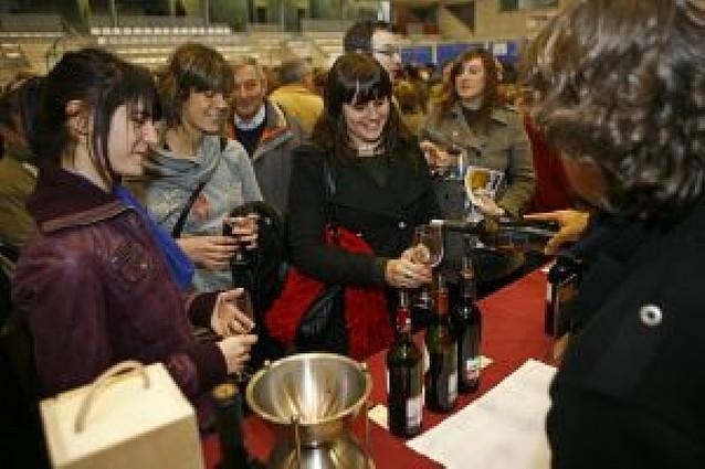 El público elige a Bodegas Aroa (Yerri) como ganadora de la feria del vino de Estella