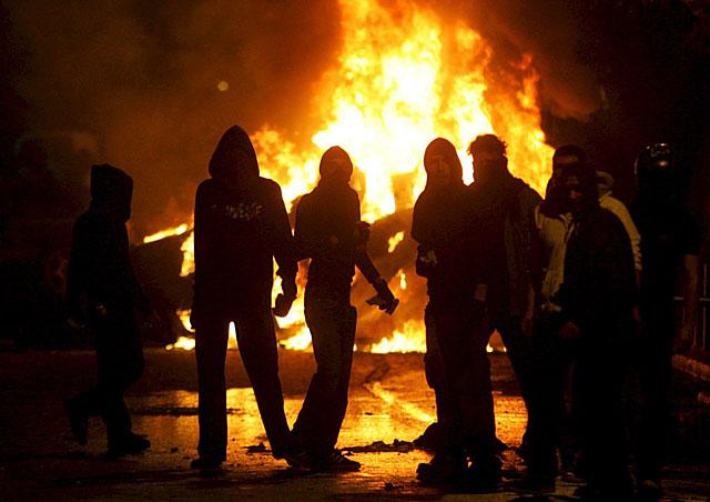 Las protestas por la muerte de un adolescente a manos de la Policía se extienden por toda Grecia