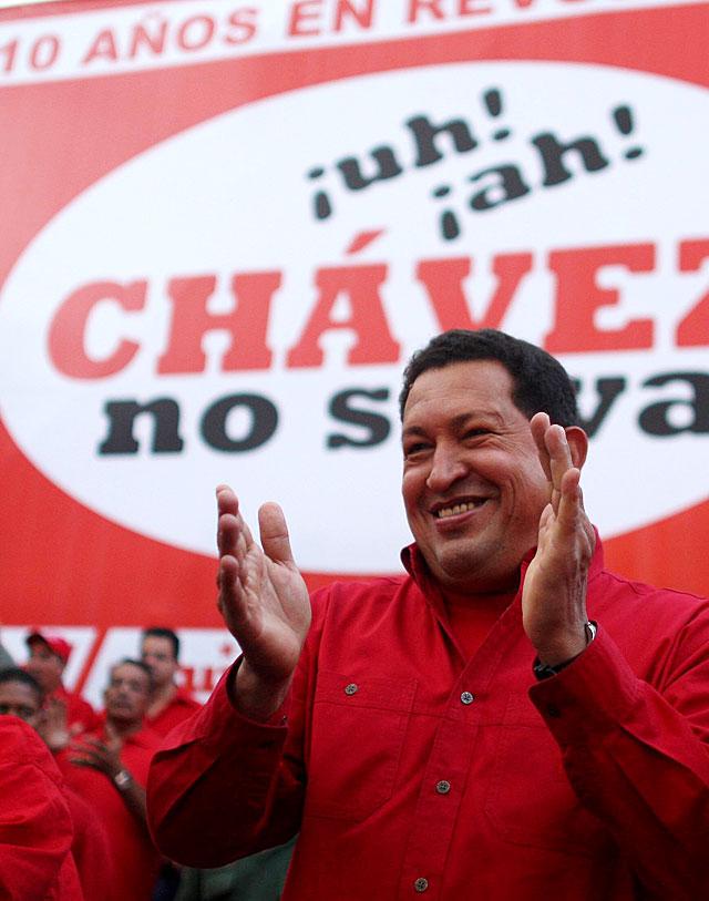 Chávez celebra sus diez años en el poder prometiendo una década más de mandato