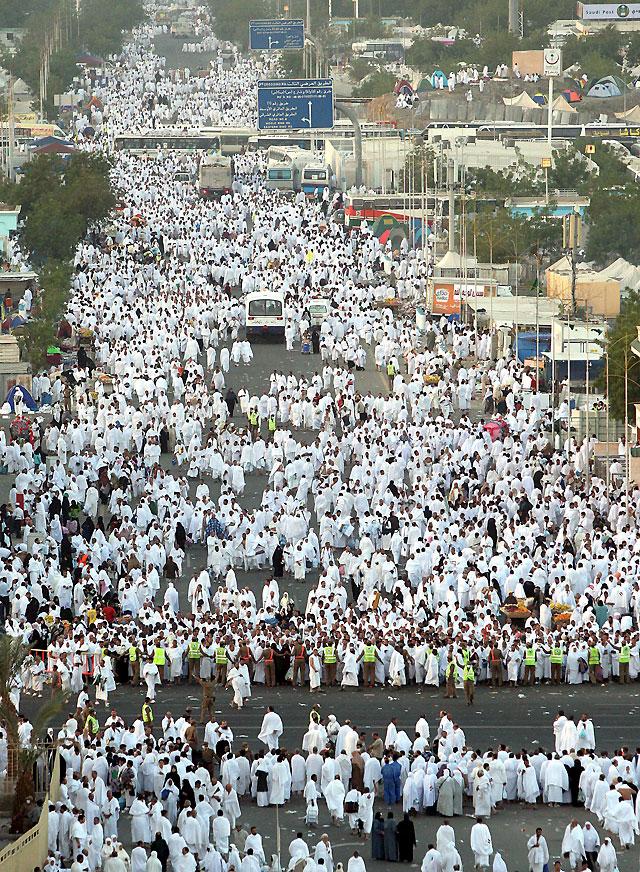 Más de 2,5 millones de musulmanes en su anual peregrinación a La Meca