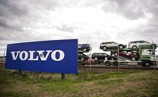 Suecia estudia dar un préstamo millonario para Volvo Cars y SAAB