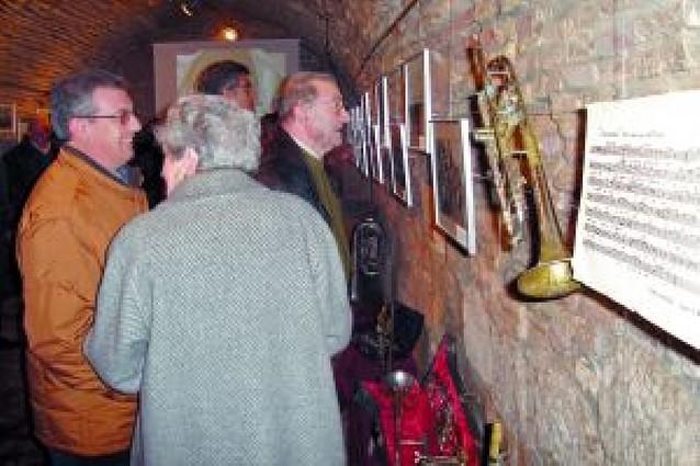 Una exposición repasa la historia de la Banda de Música de Cortes