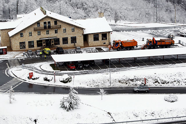 Normalidad en la red principal de las carreteras de Navarra pese a la nieve