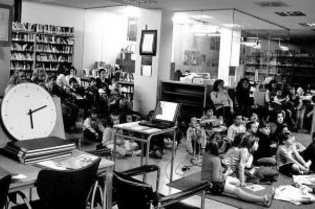 La biblioteca reúne a 100 personas en su programa cultural