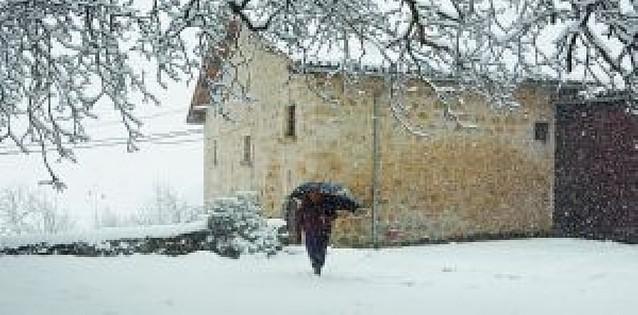 La nieve llega con fuerza a Tierra Estella