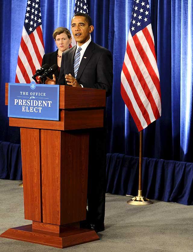 Obama asegura que ni él ni nadie de su equipo habló con Blagojevich sobre su escaño