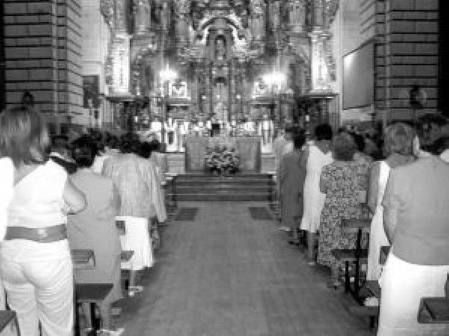 La iglesia de La Asunción de Lerín se ilumina