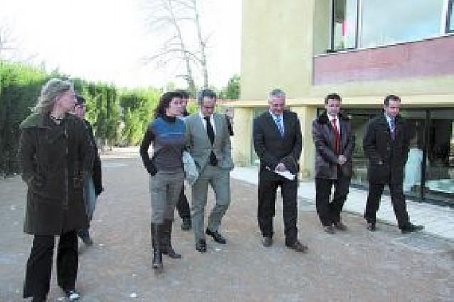 El consejero de Educación visita el instituto Benjamín de Tudela y la ikastola