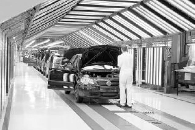 VW-Navarra cerrará dos viernes en febrero y hasta 3 días más en marzo