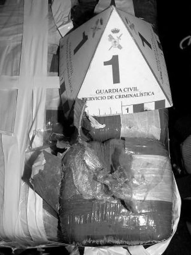 Detenido en Olite cuando circulaba con 25 kg de hachís