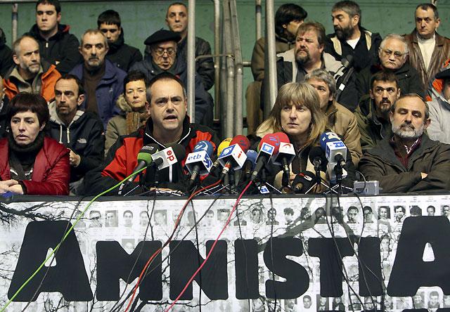 """Ex presos etarras reclaman al Gobierno una solución """"dialogada y política"""""""