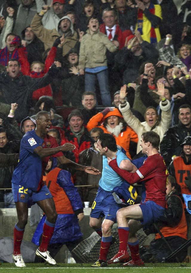 Eto'o y Messi acaban con el orden madridista (2-0)