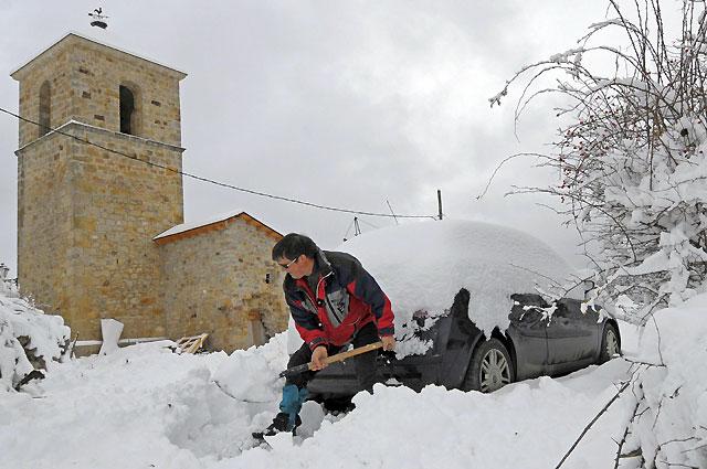 La nieve amenaza a casi toda España