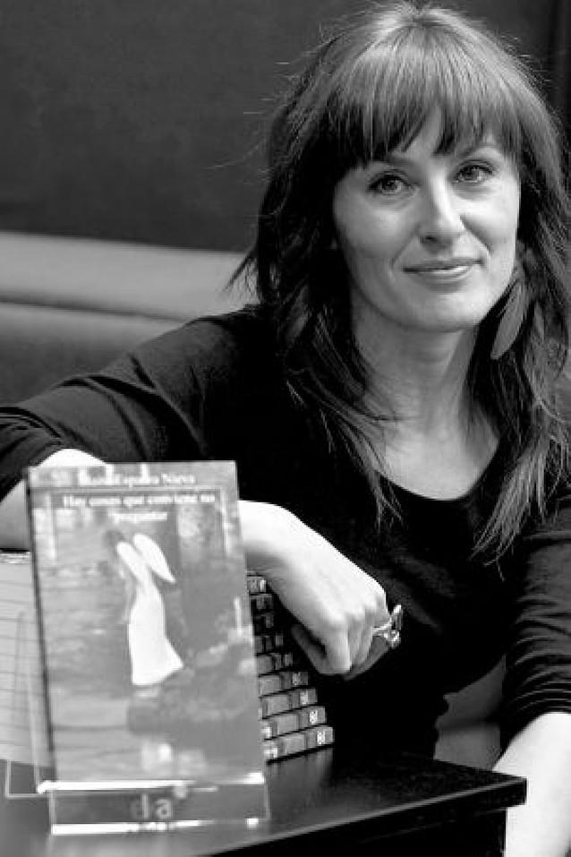 La periodista Maite Esparza da el salto a la literatura con un libro de relatos