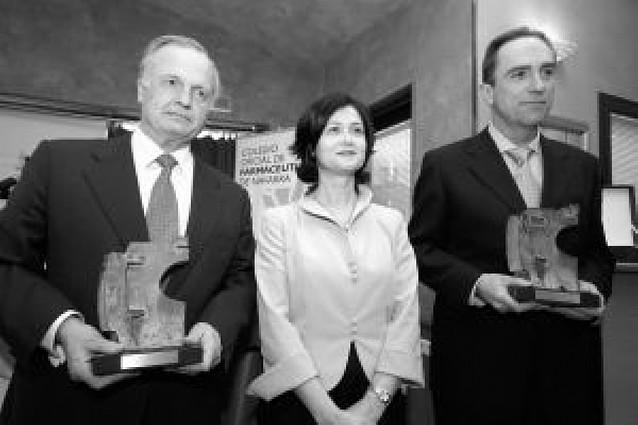 El Colegio de Farmacéuticos entrega sus premios anuales
