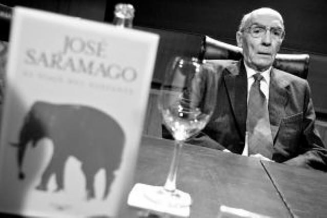 """Derroche de humor e imaginación en """"El viaje del elefante"""", lo último de Saramago"""