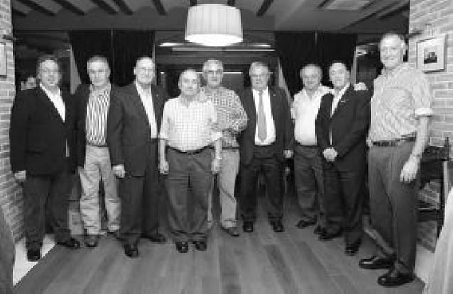 La Federación Navarra impone siete insignias de oro