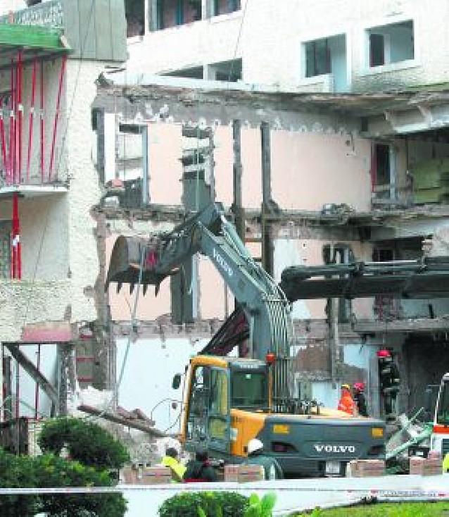 Cuatro obreros mueren tras el desplome de un hotel en Mallorca