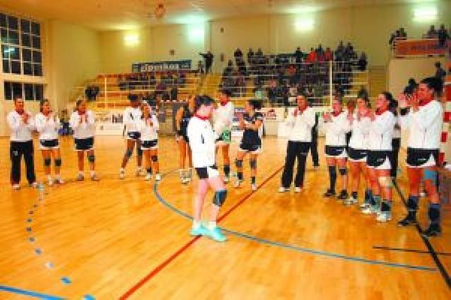 El Itxako cierra la Copa ABF con un empate