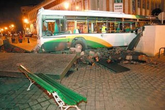 La Montañesa dice que el accidente de la villavesa se debió a un fallo mecánico