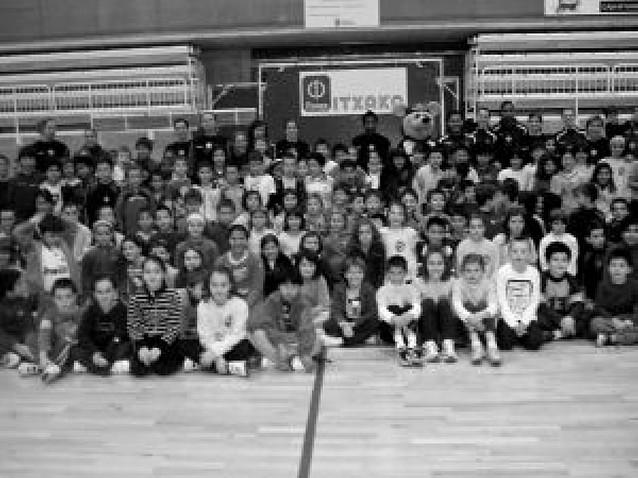 Escuela de balonmano en Estella para 260 escolares