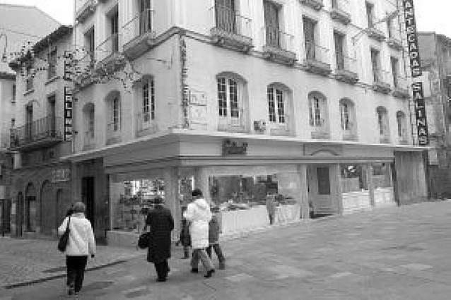 Cierra Casa Salinas, la pastelería más antigua de Tudela con 138 años de historia