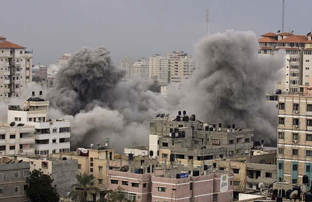 """PSOE y PP exigen a Israel que cese su """"desproporcionado"""" ataque sobre Gaza"""