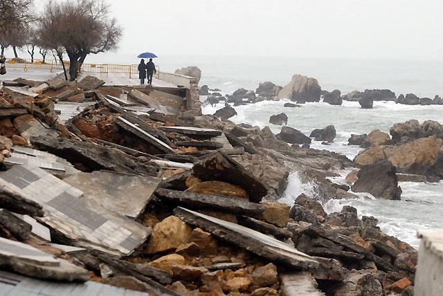 El temporal devasta la mitad norte del litoral catalán