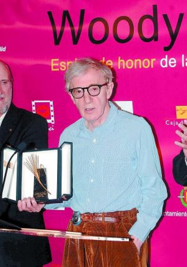 Woody Allen recoge en Valladolid la Espiga de Honor de la Seminci