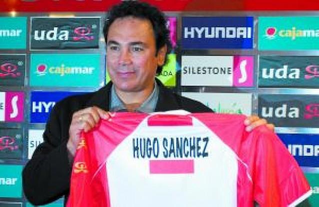 Hugo Sánchez, ya en el banquillo almeriense