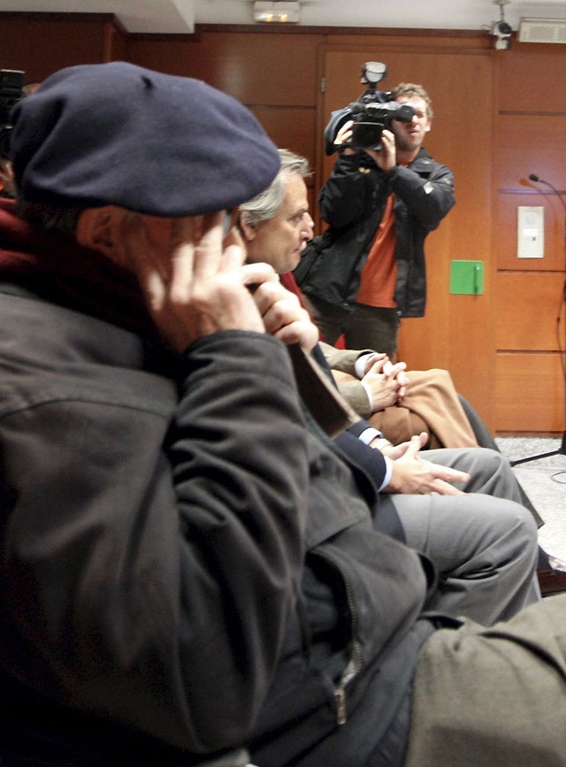 Condenan al militante del PNV que agredió al miembro del Foro de Ermua Antonio Aguirre a una multa de 480 euros y una indemnización de 420 euros