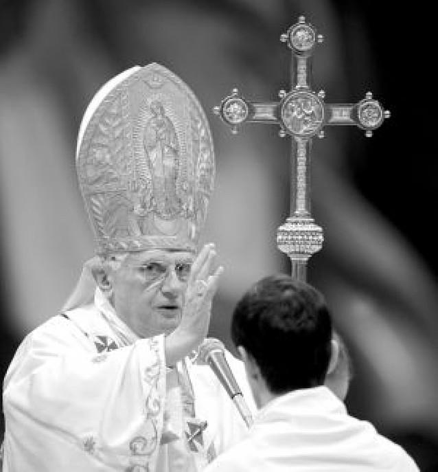El Papa pide por la paz y el cese de la guerra en Oriente Próximo