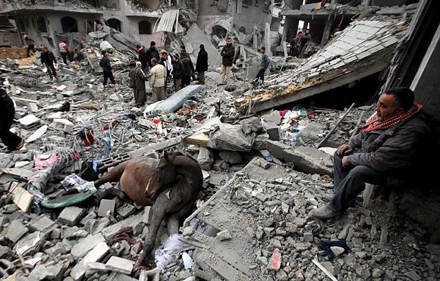 La muerte de cinco niños y dos adultos eleva a 427 el número de muertos en Gaza